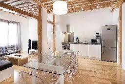 Cómo puede afectar al seguro la existencia de viviendas de uso turístico en el edificio
